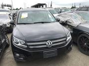Подержанный джип Volkswagen Tiguan 2012 года